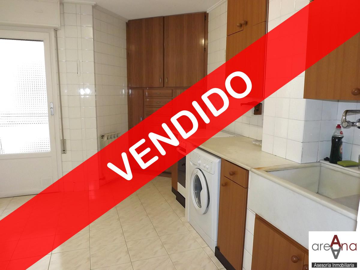 Piso de 3 habitaciones con ascensor en Burlada