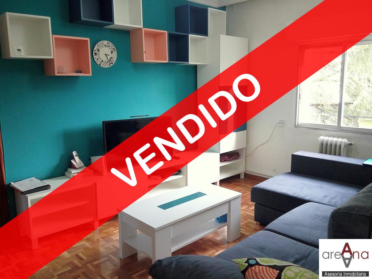 Piso de 4 habitaciones, en la Txantrea (Pamplona)