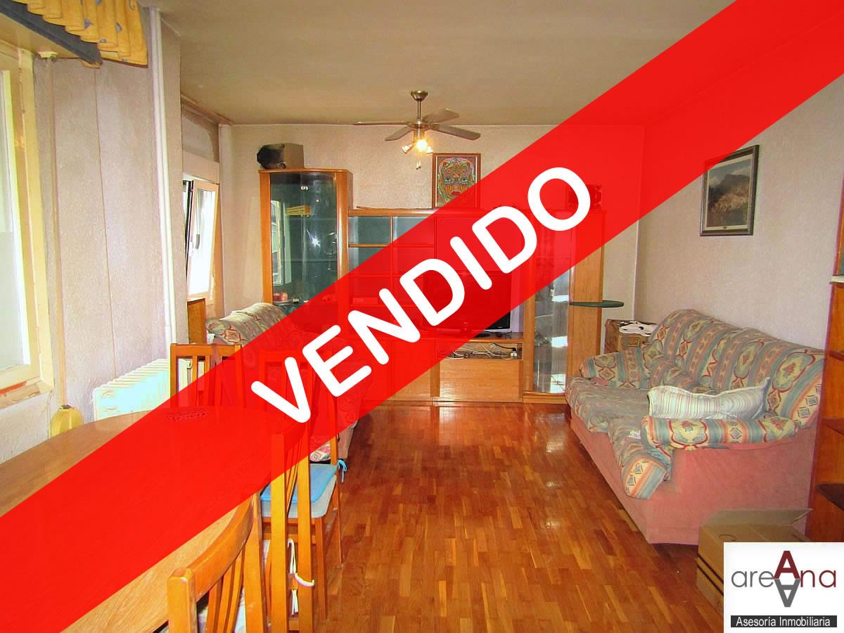 Piso de 2 habitaciones con ascensor, en Txantrea-Orvina (Pamplona)