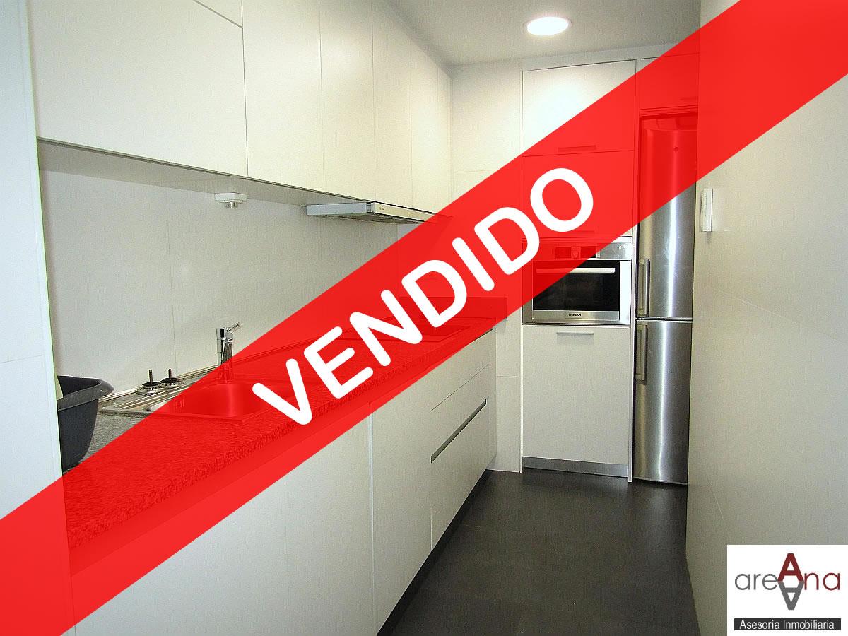 Piso de 4 habitaciones en Ermitagaña (Pamplona)